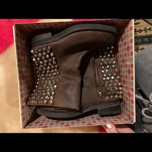 Jeffrey Campbell brown leather boots size 8